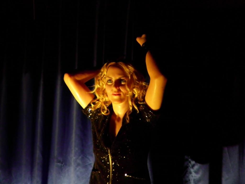 İstanbul Balmumu Heykel Müzesi Madonna Picture 6