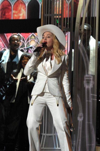 Madonna'ya Grammy'de Pageot eşlik edecek