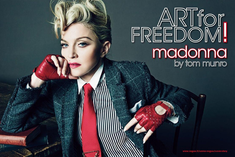Madonna'nın L'Uomo Vogue dergisine verdiği fotoğraf çekimleri yayınlandı.