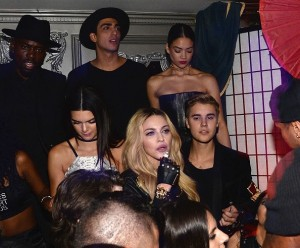 20150505-pictures-madonna-met-gala-after-party-rihanna-05