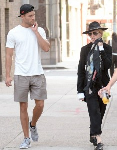 20150712-pictures-madonna-out-and-about-new-york-06