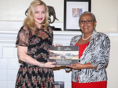 20160704-news-madonna-first-lady-kenya-03
