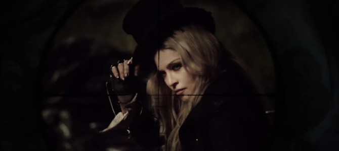 Madonna,Rebel Heart turnesinin parça listesine'Ghosttown'ı ekledi.