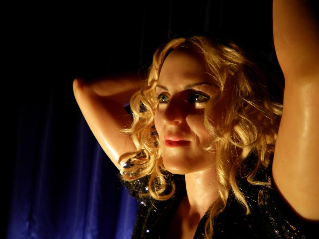 Istanbul-Balmumu-Heykel-Müzesi-Madonna-Picture-12