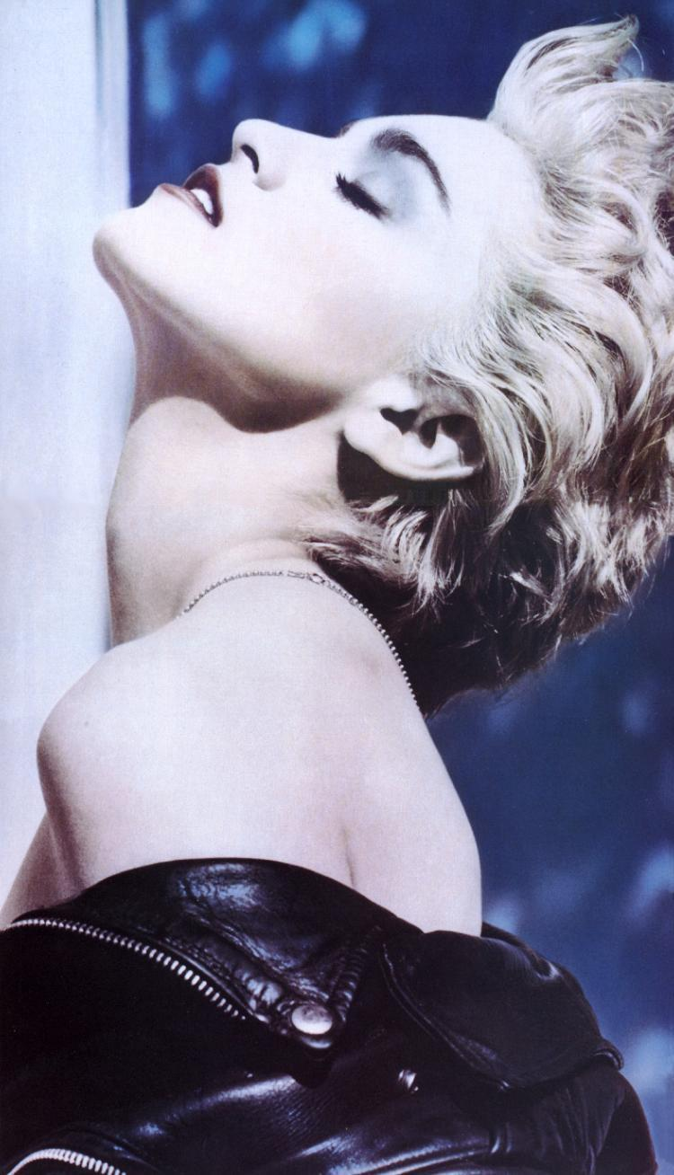 Madonna Gerçeği True Blue (Herb Ritts 1986)