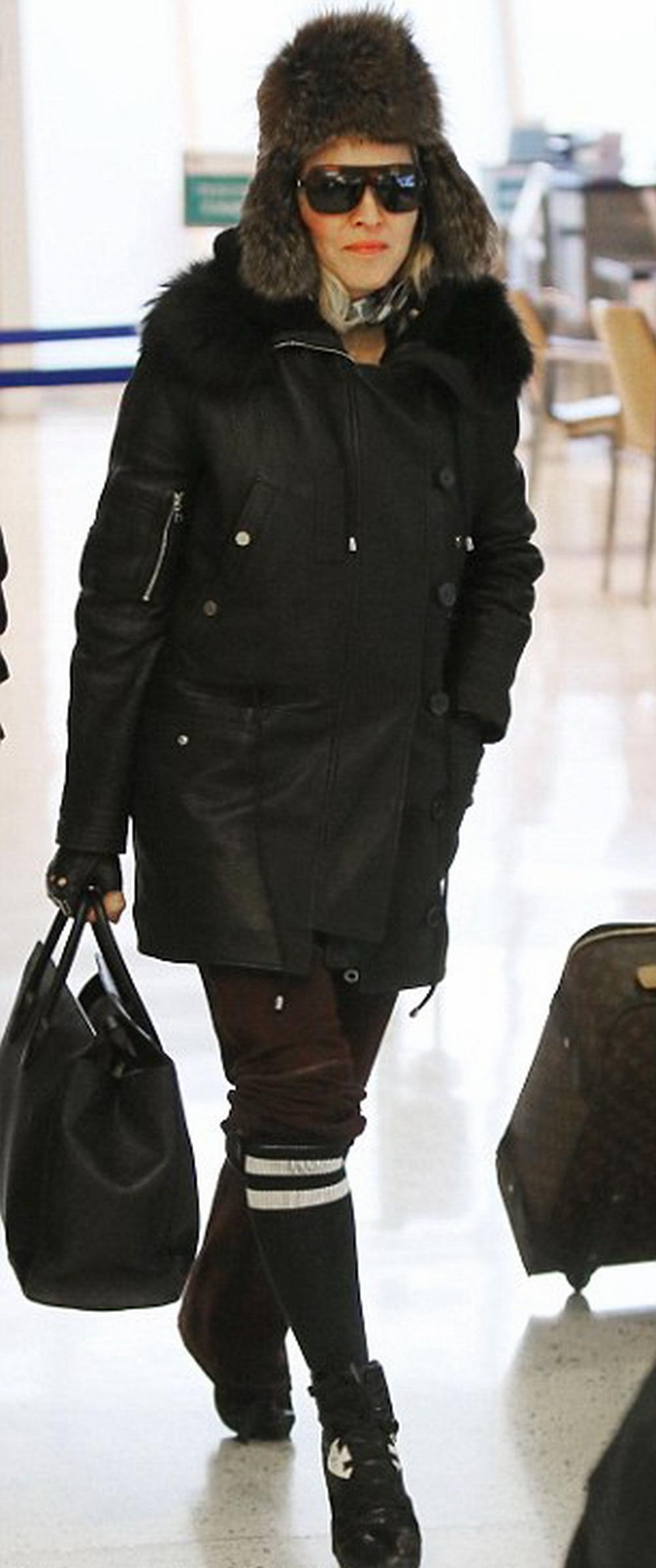 Madonna Los Angeles'a Gidiyor