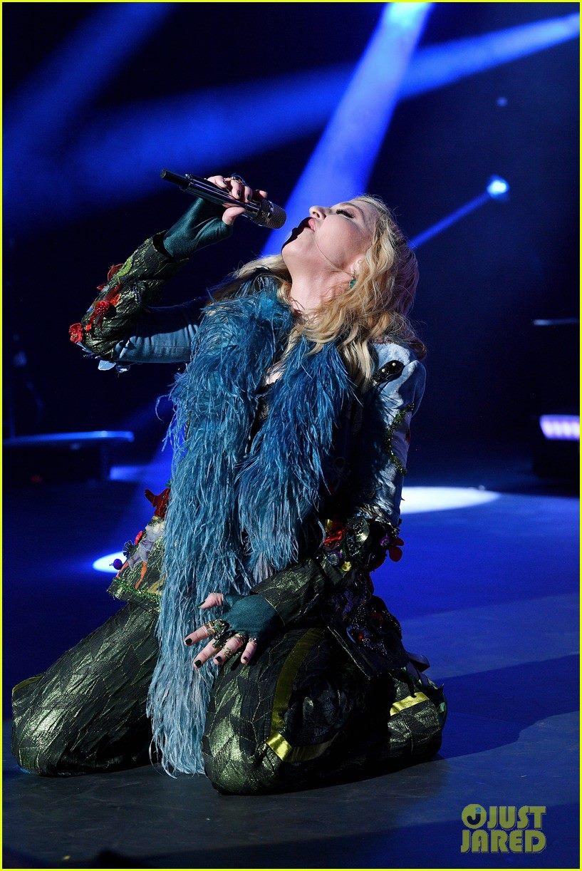 Madonna Leonardo DiCaprio Foundation Gala Fotoğraf ve Videolar madonnaturkiye.com