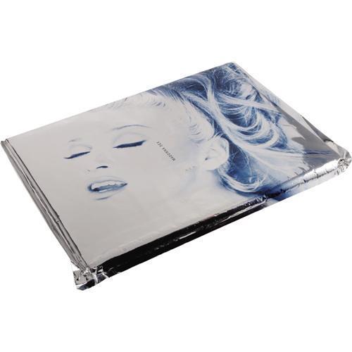 Madonna'nın cüretkar pozlar verdiği The Sex Book kitabı