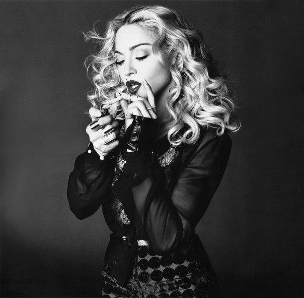 Bitch I'm Madonna Tekli Olarak Yayınlanacak