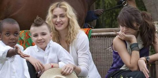 Madonna'nın Çocuklarını Yetiştirirken Uyguladığı 5 Adım