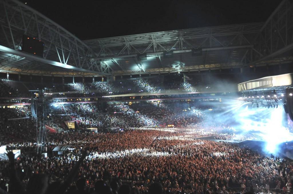madonna-türk-telekom-arena-pictures-00
