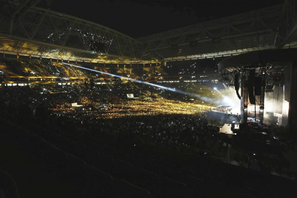 madonna-türk-telekom-arena-pictures-01