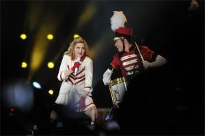 madonna-türk-telekom-arena-pictures-09